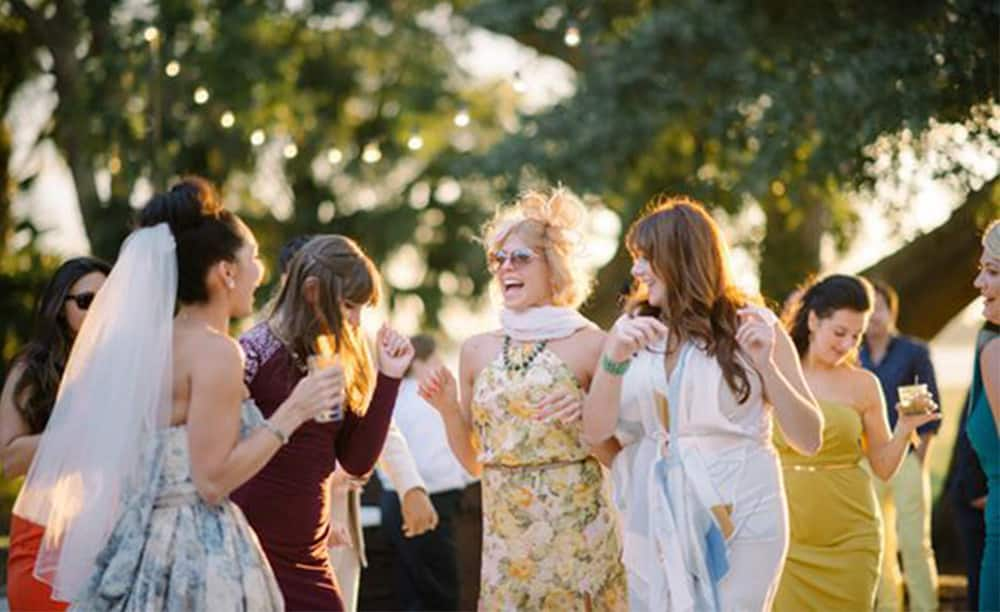 9 Ways to Stand Out from the Wedding Crowd