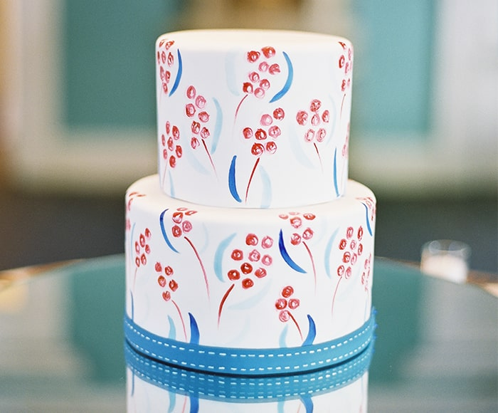 Hand-painted wedding cake by PPHG pastry chef Jessica Grossman at The William Aiken House